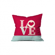 '' L0VE '' Written Pillow Sev.G
