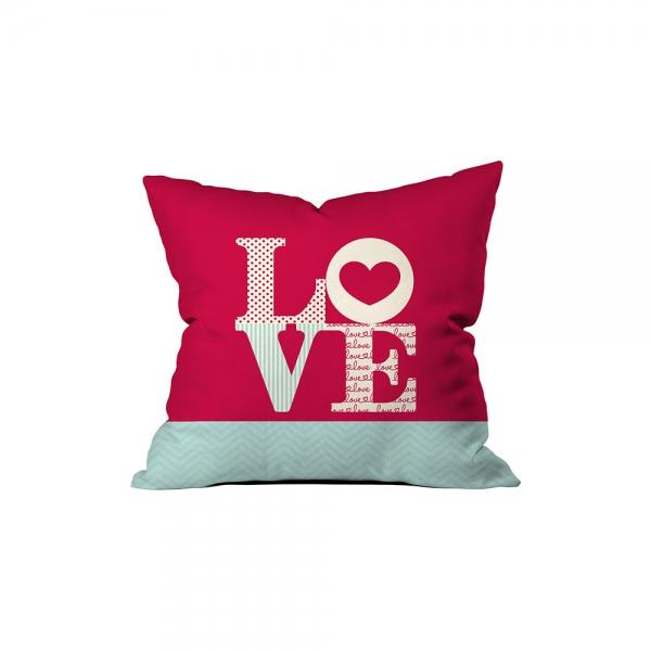 '' L0VE '' Written Pillow Sev.G