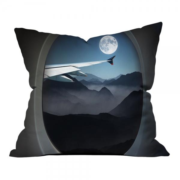 Vip Uçuş Sisli Bir Gece Kırlent